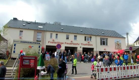 Das Gebäude der freiwilligen Feuerwehr in Thalheim zum Tag der offenen Tür am 01.Mai 2015
